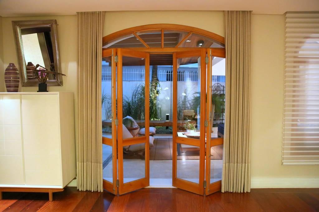 Окна и двери в доме